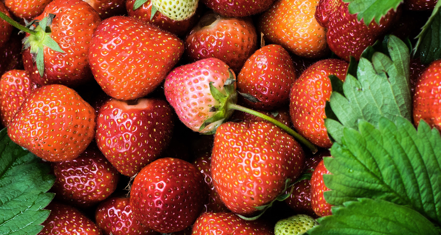 strawberries contain antioxidants that help skin stay healthy